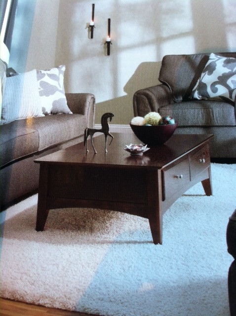 What Size Coffee Table Should I Use With My Sofa